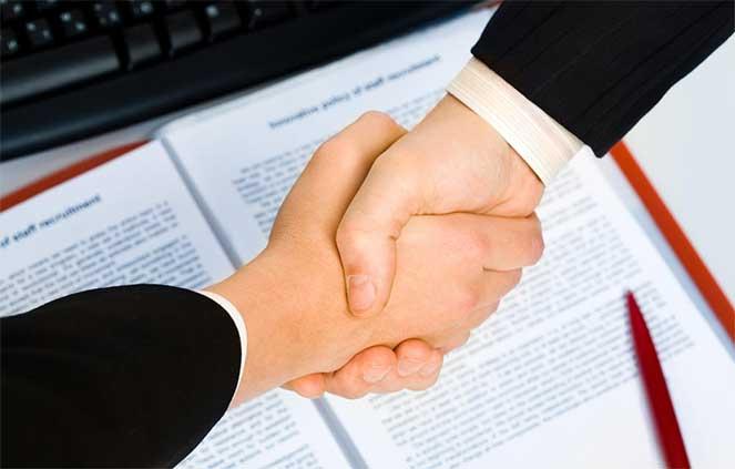 Трудовой договор с иностранцем